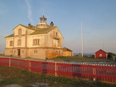 Stora Karlsö - Fyret (Arne Sund) Tags: gotland fyret storakarlsö storakarlso