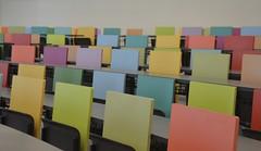 Aula Edifici Ramon Turr, UPF (heraldeixample) Tags: barcelona espaa spain classroom room bcn catalonia class catalunya clase aula catalua ciutadella catalogna espanya catalogne upf universitatpompeufabra albertdelahoz heraldeixample edificiramonturr