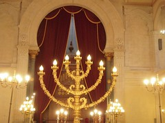 LE CHANDELIER (marsupilami92) Tags: france frankreich sudouest aquitaine gironde 33 bordeaux journesdupatrimoine synagogue chandelier candlabre mnorah