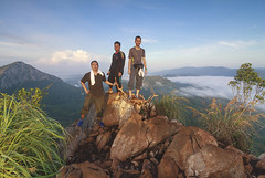 cliffhanger (<Pirate>) Tags: gunung baling sunrise balings peak gang early climbing after rain stop sliperry track dangerous cliff rocks water mud bamboo insect october 5th 2016 haida pro glass filter gnd 6hard raymasters 9soft 1018 is stm landscape mountain kedah