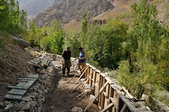 Cash for Work in Chitral (iompakistan) Tags: chitral kpk cashforwork ndc
