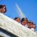 Girls on the rooftop, Karimabad, Pakistan パキスタン、カリマバード 民家の屋上にいた子どもたち