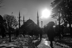 path (MrtBzts) Tags: mosque istanbul sultanahmet nikon d7200 people walking snow sigma