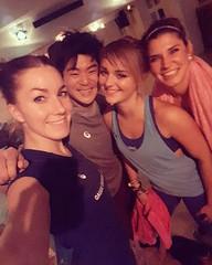 Repost von @dance_and_shredz_bythezz : die fit for fun fitness nacht ist sau cool weiter geht's zum abendlichen Umtrunk mit asics und ein paar Bloggern