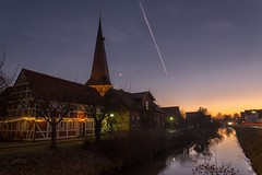 Sunset in Jork (PauliMatze) Tags: jork deutschland germany lowersaxony niedersachsen borstel kirche church sonnenuntergang sunset moon crescentmoon mond sichelmond langzeitbelichtung longexposure bluehour blauestunde nacht night nightshot