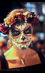 Day of the Dead 2016 - San Miguel de Allende, Mexico (Sam Antonio Photography) Tags: mexican makeup girl mexico art skull scary portrait paint female halloween costume face black beauty spooky skeleton celebration death holiday horror dead day dia muertos catrina young witch mexicanculture dayofthedead fun samantoniophotography travel sanmigueldeallende adult attractive beautiful brunette caucasian ceremonial closeup color colorful cosmetics cute decoration elegance eyes fashion feathers flower glamour hair human lashes lips luxury model one painted pearl people perfection persons posing profile red skin style woman