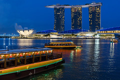 ABM (Another Blue Monday) / Marina Bay, Singapore (Frans.Sellies (off for a little while)) Tags: img1467 singapore marinabay marinabaysands bluehour 21072016img14672