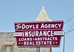 The Doyle Agency (Rob Sneed) Tags: usa texas granbury neon vintage texana americana urban thedoyleagency insurance loans abstracts realestate agency independent completeinsuranceservice retro