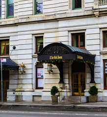 The Oak Room, Plaza Hotel, New York City (peripathetic) Tags: 2016 5d 5dmk3 5dmkiii america canoneos5dmk3 nyc newyorkcity us usa unitedstates alcohol bar canon cocktails manhattan manhattanisland newyork oakbar oakroom plazahotel theoakroom