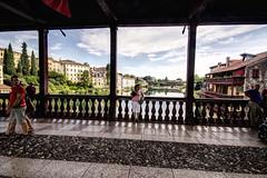 BASSANO DEL GRAPPA. (FRANCO600D) Tags: bassanodelgrappa bassano ponte pontedeglialpini città centrostorico veneto italia italy italie italien bellitalia palladio turisti turismo selciato canon panorama paesaggio fiume fiumebrenta eos600d sigma franco600d