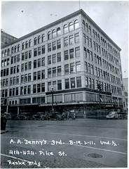 Ranke Building, Seattle, 1937 (Rob Ketcherside) Tags: streetclock seattle 1937 greatdepression