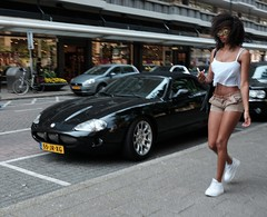 Summer Girl (debeeldenplukker) Tags: street streetlife streetscene blackgirl summergirl fujifilmxt1