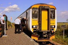 Rumour going about at Berney Arms (Chris Baines) Tags: arms great class stop norwich yarmouth aga request 156 unit berney