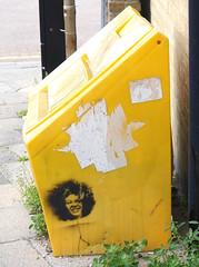 Stencil (cocabeenslinky) Tags: street england urban streetart art face yellow garden grit lumix graffiti kent sand stencil october artist photos bin panasonic council graff artiste 2015 of dmcg6 cocabeenslinky