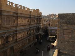 "Jaisalmer: à la recherche des havelis <a style=""margin-left:10px; font-size:0.8em;"" href=""http://www.flickr.com/photos/127723101@N04/22204083708/"" target=""_blank"">@flickr</a>"