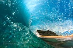 (MICHAEL A SANTOS) Tags: beach hawaii oahu sandys shorebreak hawaiianbeaches surfphotography hawaiibeaches gaschambers michaelasantos canon7d liquideyewaterhousing rokinon8mmfisheye saintsphotography liquideyewaterhousingc1795