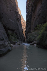 "The Narrows • <a style=""font-size:0.8em;"" href=""http://www.flickr.com/photos/63501323@N07/22490358652/"" target=""_blank"">View on Flickr</a>"