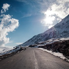 Rohtang pass (Surendra Rajawat) Tags: travel winter india snow nature clouds square tour pentax squareformat himalaya manali rohtangpass himachal freshsnow incredibleindia k30 indiaclicks atrohtangpass
