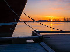 Sunrise at Steveston (iPhilFlash) Tags: ca morning sky canada water vancouver sunrise river outdoors dawn harbor boat fishing dock frost ship harbour outdoor britishcolumbia tranquility columbia richmond wharf serenity fishermans fishermanswharf british serene fraser fishingboat fraserriver tranquil steveston