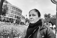 DSCF2985 copie (sergedignazio) Tags: france paris street photography photographie rue fuji xpro2 antony femme