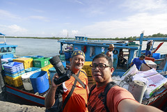 Moment remembered. (<Pirate>) Tags: sungai udang nibong tebal fishing point fish traders fresh october 23rd 1018 is stm ray masters gnd 9soft penang malaysia