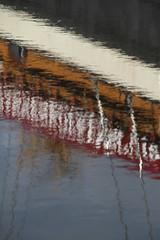 weerspiegeling van het pannenkoekenschip in de Vaart in Assen (willemsknol) Tags: vaart assen willemsknol
