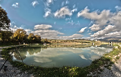 Reflactions in the lake - HDRI (5 Shots) (Federico Violini) Tags: nikond300 lake tuscany toscana lago riflessi reflactions light hdr water italy autumn trout trota