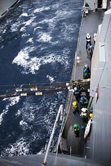 161013-N-JH293-131 (U.S. Pacific Fleet) Tags: ussgb greenbay ussgreenbay lpd20 japan sasebo underway bhr esg cpr11 ctf76 patrol deployed us7thfleet pacific ocean water navy marines usmc 31meu vmm262 nbu7 lcac lcu na southchinasea jpn