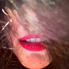 in love (Nassia Kapa) Tags: nassiakapa kiss breath love