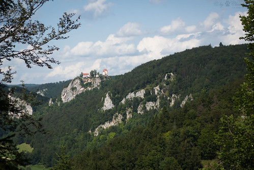 Bronnen Castle