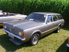 Ford Taunus TC '71 Turnier (Zappadong) Tags: classic days schloss dyck 2016 ford taunus tc 71 turnier zappadong oldtimer youngtimer auto automobile automobil car coche voiture classics oldie oldtimertreffen carshow
