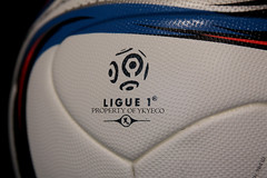 CONEXT15 PRO LIGUE 1 2015-2016 ADIDAS MATCH BALL 10 (ykyeco) Tags:  pallone ballon balon soccer football fussball spielball omb palla pelota   bola   top adidas ball pilka matchball conext15 pro ligue 1 20152016 match france ligue1 conext