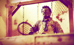 The Texas Chainsaw Massacre (RK*Pictures) Tags: thetexaschainsawmassacre leatherface 1974 chainsaw massacre tobehooper slasherfilm horror horrorfilm cruel brutal meat blood hook meathook gunnarhansen cannibals familyofcannibals cult classic mcfarlane actionfigure mcfarlanetoys movie maniac moviemaniacs toy diorama humanskin mask bloody gore teenager victim saw knife death pain tragedy fear bizarre psycho face butcher