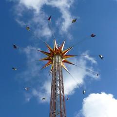 hab mich nicht getraut ;) I didnt dare it (susanitakiel) Tags: amusementpark hansapark kettenkarusell sierksdorf hansaland