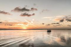 La Albufera (Francisco Esteve Herrero) Tags: valencia atardecer barca nubes albufera serenidad laalbufera franciscoesteveherrero nikond5300
