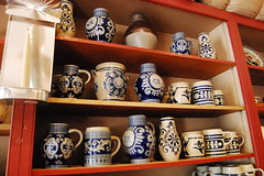 Williamsburg, VA (mademoisellelapiquante) Tags: history virginia colonial pots revolution williamsburg pottery revolutionarywar americanrevolution shelves jars 18thcentury williamsburgva americanhistory colonialamerica