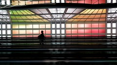 Sky's the limit - United terminal walkway, O'Hare International Airport, Chicago (Mark Kaletka) Tags: