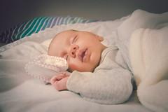 Ainhoa  (33 das) (Juanedc) Tags: espaa baby girl beautiful face spain cara nia zaragoza newborn aragon bebe es hermosa saragossa beba ainhoa neonato valdespartera