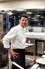Luca Landi interpreta l'olio (scuolatessieri) Tags: chef stellamichelin privilegio olioextravergine showcooking lucalandi primoevento scuolatessieri