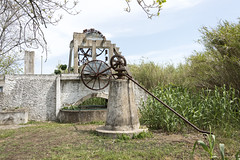 Nora noria (compuinfoto) Tags: old mill portugal monument nature water metal stone wall garden tank power transport device aqueduct well equipment elevation riaformosa distribution arabs noranoria