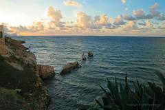 Sep 21: Terrasini Cliffs Sunset (johan.pipet) Tags: flickr sea mediterranian mote bay cliffs rocks water sunset skyline sicily terrasini seascape landscape italy eu europe palo bartos barto canon