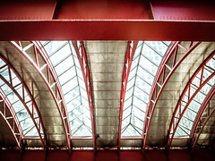 Canary Wharf station (Jarkko T) Tags: ceiling architecture train dlr tfl london uk docklands canarywharf