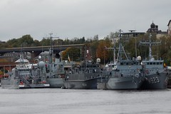 M314 Sakala, M341 Karmoy, M864 Hr Ms Willemstad, M923, Narcis, A960 Godetia, M1058 Fulda at Spillars Warf Newcastle (SteveT0191) Tags: m341 a960 m314 m1058 m923 geolocated ship warship