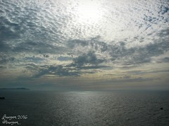 (Linayum) Tags: mar sea water agua sky cielo cloud clouds nubes galicia spain espaa linayum