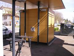 POSACENERE ASHMOUNT (spazio verde int.) Tags: asmount posacenere fumatori contenitore cestino sigarette fumo cenere