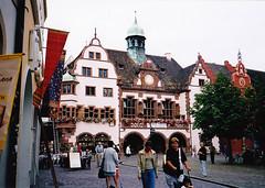 Freiburg, Vroshza (ossian71) Tags: nmetorszg germany deutschland freiburg plet building memlk sightseeing vroskp city utca street kzpkori medieval vroshza rathaus