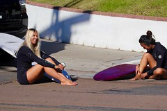 IMG_9140 (palbritton) Tags: surfing surfer surf ocean surfergirl girl singlefin