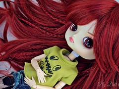 Tag: TMI (Too Much Information) (Bell) Tags: dal chibi risa rock ellie armstrong wig groove doll