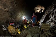 Steinaksla (JohannesLundberg) Tags: steinaksla knutdavidsen cave geology caving torbjörndoj passage caver bjørnegiljohansen hobby cccp flash sb910 sb800
