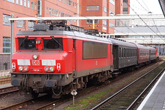 NL DBC 1614 Amersfoort 27-11-2016 (peters452002) Tags: peters452002 amersfoort eisenbahn etrain elok e5 railways railway railroad railroads rail railwaystation trains train trein treinen twop travel olympus spoor spoorwegen station dbc jalalspagestransportationalbum lokomotive lokomotief locomotive clickcamera bahn bahnhof nederland nl netherlands